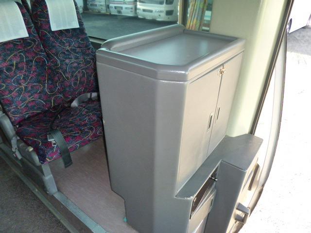 収納力のないサービスボックス